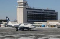 Aurora Airlines parts with Boeing 737