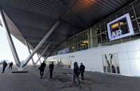 INSIGHT: Russian airport traffic growth nosedived in 2015