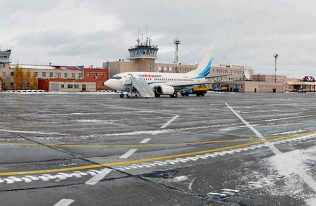 Novy Urengoy airport has one 2,550 meter long runway, which needs reconstruction (Photo by Novy Urengoy airport)