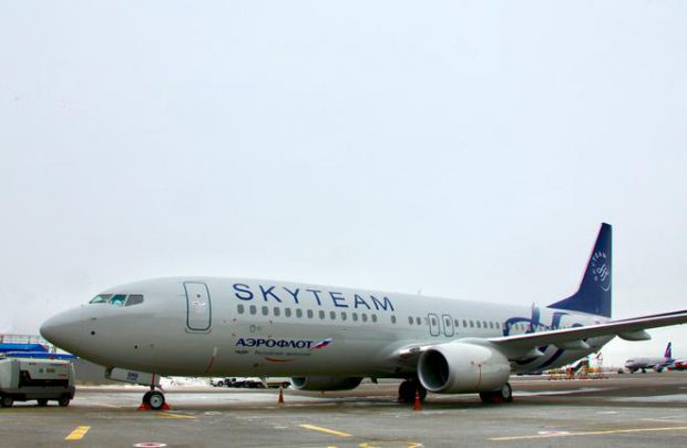 Besides this new Boeing 737-800, Aeroflot operates four more aircraft painted to celebrate its SkyTeam membership