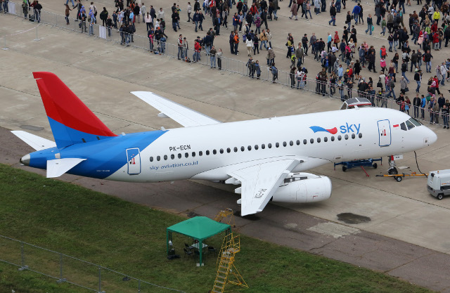 At MAKS-2013, contracts were signed for the delivery of 96 Sukhoi Superjet 100s