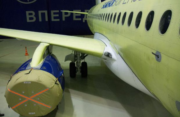 The upgraded door of the SSJ 100's main landing gear is longer because the blade located on the strut has been moved onto the door (Photo by Russian Aviation Insider)