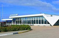 Sevastopol will need a longer runway to serve as an alternate to Crimea's only current civil airport, Simferopol