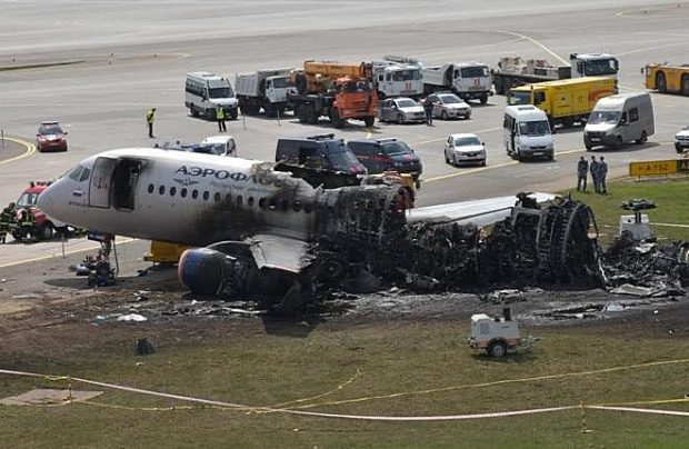 Superjet 100 crash